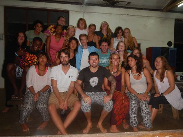 Staf and volunteers at GVI Seychelles at the end of the reef monitoring expedition.