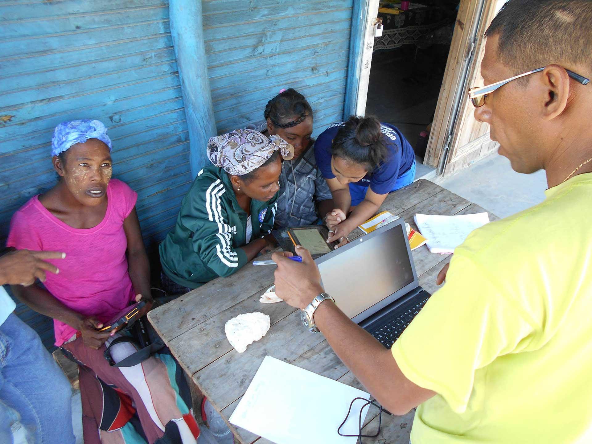 NOHASIARIVELOthierry - Montreal to Madagascar