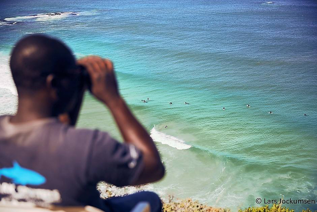 c0c46fb5743f The 2017 18 summer season yielded an all-time low in the number of white  shark sightings recorded by Shark Spotters across Cape Town beaches.