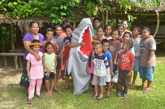 The children of Yap with Finny