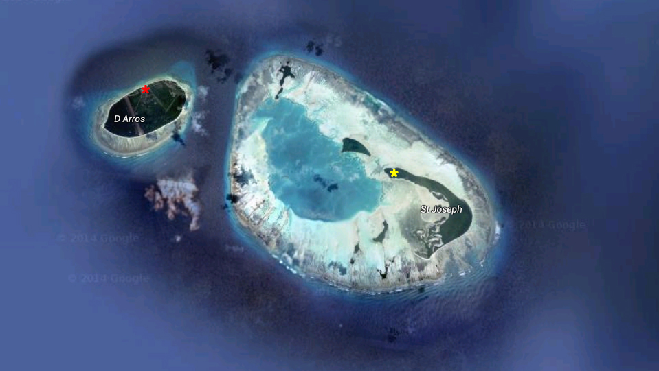 Red Star: The SOSF–DRC located on D'Arros Island. Yellow star: The camp on St Joseph Atoll. Photo: © Google Maps
